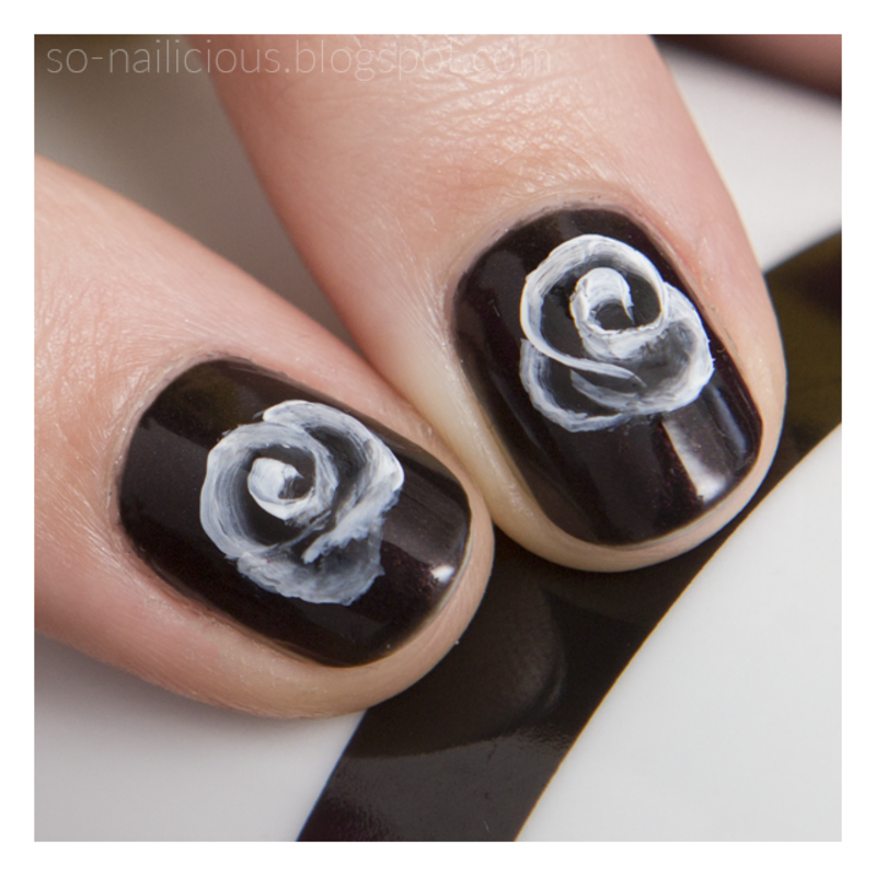 One Stroke Roses nail art by Magdalena