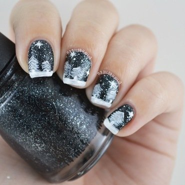 Meet me under the stars nail art by Julia