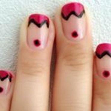 ZigZag French Tip Nails nail art by Dhrupa Oza