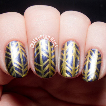 Deborah lippmann metallic herringbone nail art 3 20 1  thumb370f