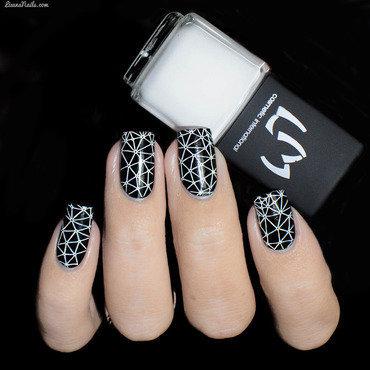 Vernis à Stamping Blanc - LM nail art by Lizana Nails