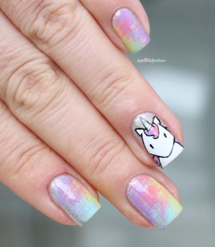 kawaii unicorn and rainbow splash  nail art by nathalie lapaillettefrondeuse