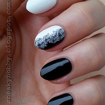 Grey Roses nail art by Mgielka M