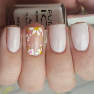 Floral nail nail art by Olivia D.