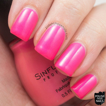 Sinful colors daredevil hot pink shimmer swatch 4 thumb370f