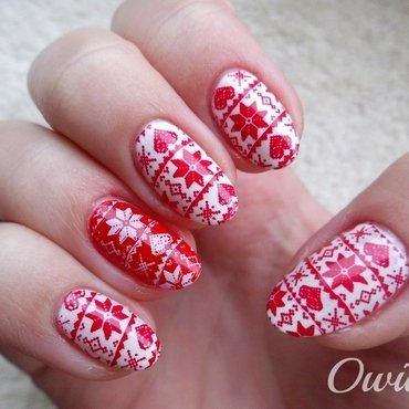 Uggly Christmas Sweater I nail art by Owidia