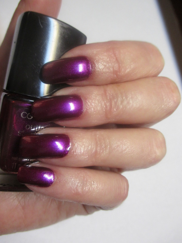 Cover Girl Outlast Stay Brilliant Fuschia Flame Swatch by NinaB