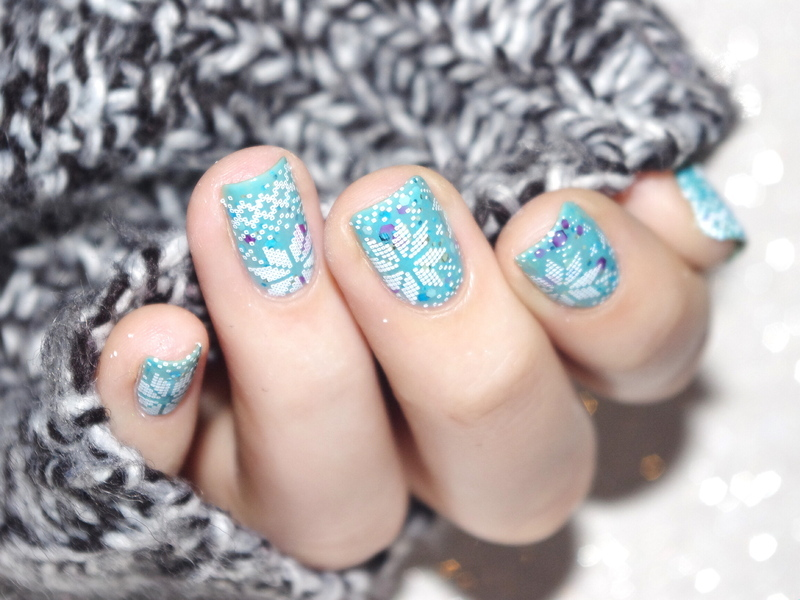 Winter is coming nail art by Bulleuw
