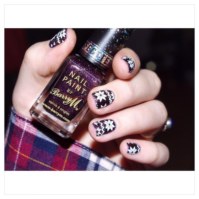 Cozy nail art by Bulleuw