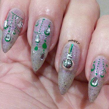 Christmas Tinsels. nail art by Nora (naq57)