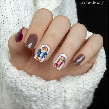 My first nails with Santa Claus nail art by barbrafeszyn