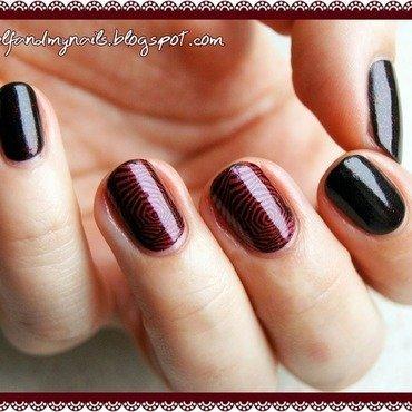 Hypnotic wine nail art by ELIZA OK-W