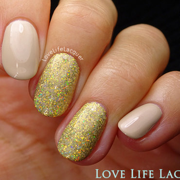 Magpie holographic glitter jules2 blog thumb370f
