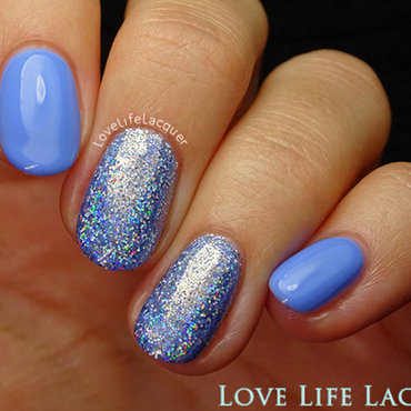 Magpie holographic glitter emily2 blog thumb370f
