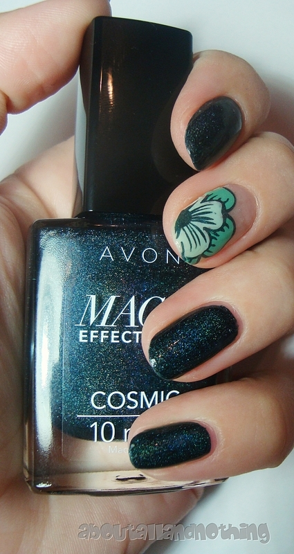 Green, flowery negative space nail art by Kasia