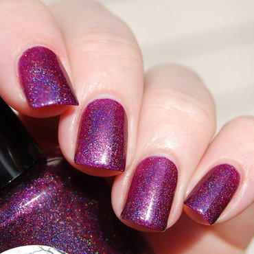 Illyrian Polish Spliced Swatch by Katie of Harlow & Co.