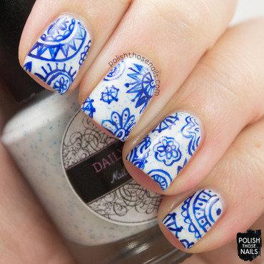Funky blue snowflake pattern nail art 4 thumb370f