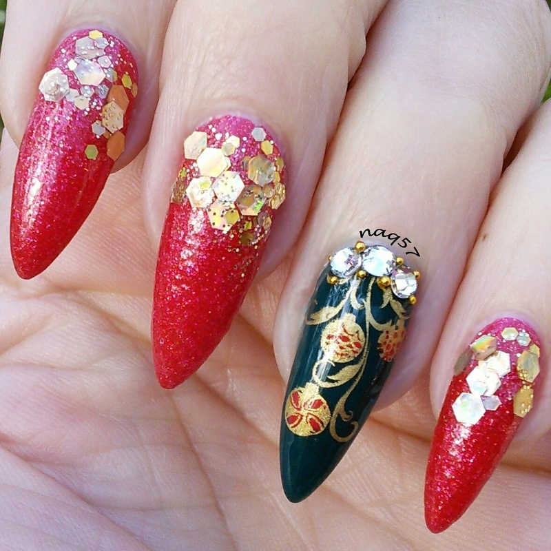 Cristmas Ornament nail art by Nora (naq57)