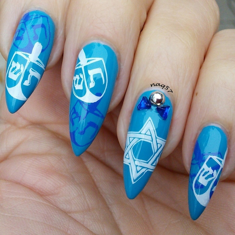 Happy Hanukkah nail art by Nora (naq57)