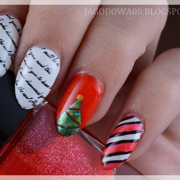 Letter to Santa Claus! nail art by Jadwiga