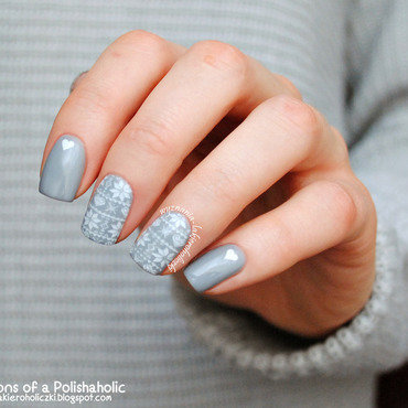 Sweater nail art by Olaa