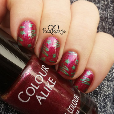 Christmas Trees nail art by RedRouge