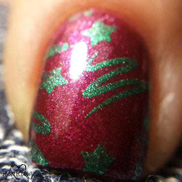 Christmas Trees macro nail art by RedRouge