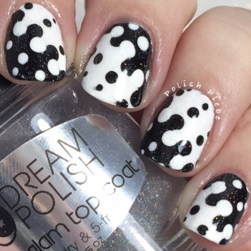 Black and White Interlock nail art by Crystal Bond