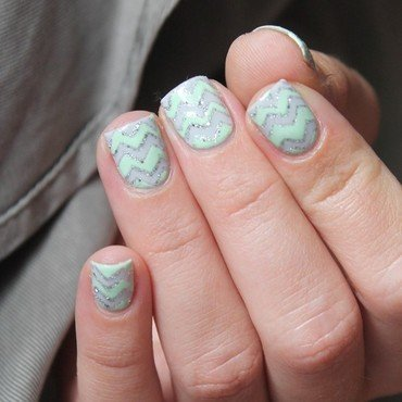Chevrons power! nail art by Cocosnailss