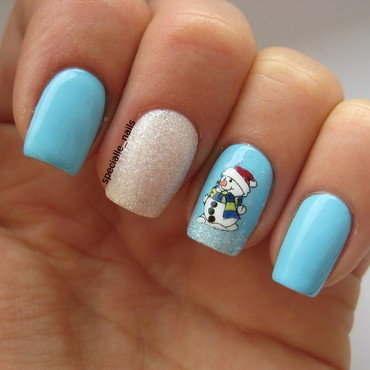 Little Snowman nail art by specialle