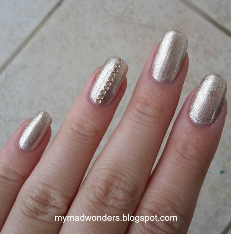 Gold on gold nail art by Bajjjbeee