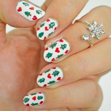 Christmastree nails thumb370f
