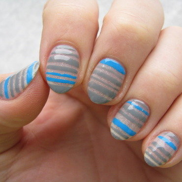 Negative space stripes nail art by Nail Crazinesss