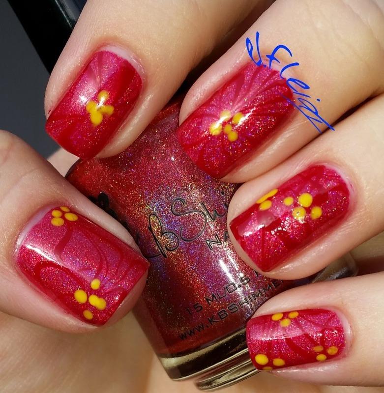 #watermarblepractice 12-09-2015 Poinsettia nail art by Jenette Maitland-Tomblin