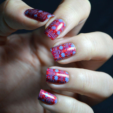 Christmas sweater  nail art by Sweapee