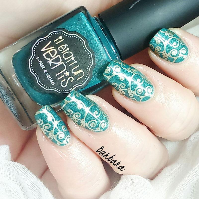 Gold&Green nail art by Les ongles de B.