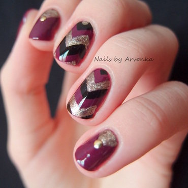 Autumn Chevron Nails nail art by Veronika Sovcikova