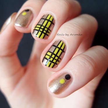 Green & Gold Tartan Nail Art nail art by Veronika Sovcikova