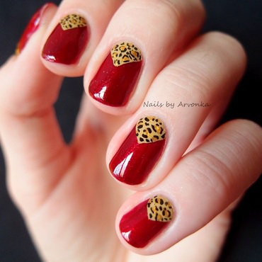 Triangle Leopard nail art by Veronika Sovcikova