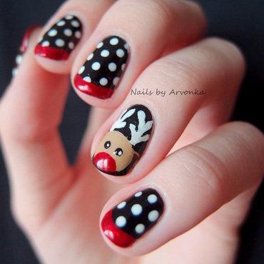 Reindeer Dotticure nail art by Veronika Sovcikova