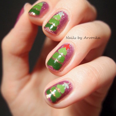 Christmas Trees nail art by Veronika Sovcikova