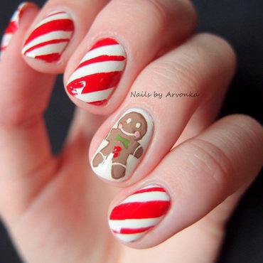 Gingerbreadman Nail Art nail art by Veronika Sovcikova