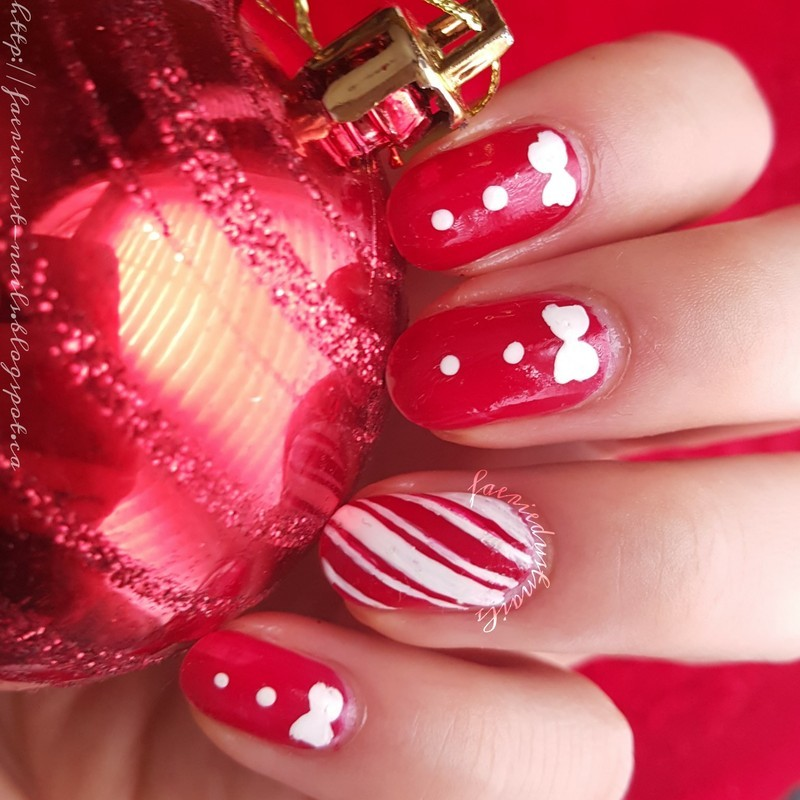 Candy Canes and Bows nail art by Shirley X.