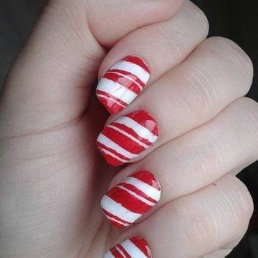 Cristmas candy cane nails nail art by Barbora Balejova