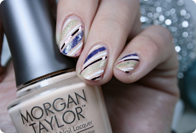 Christmas stripes nail art by Romana