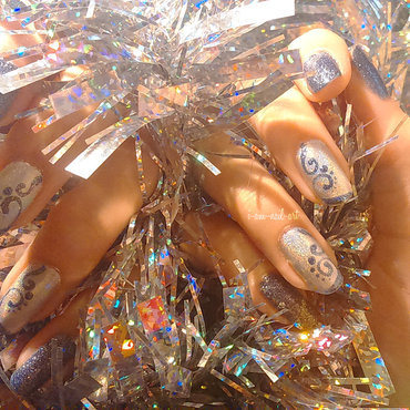 All glittery for Christmas nail art by i-am-nail-art