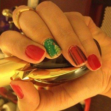 Wintery nail art by Elyana