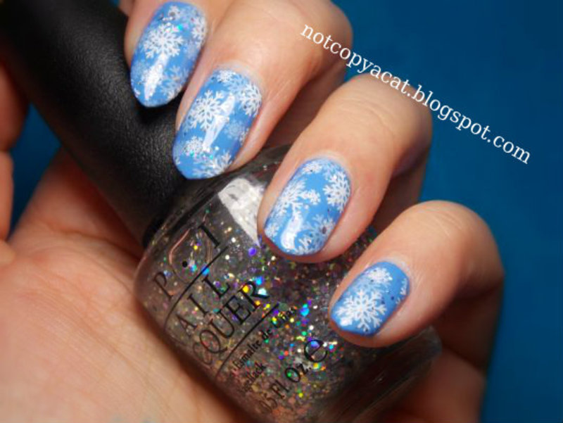 Snowflakes in the Air nail art by notcopyacat