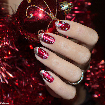 Christmas Nails nail art by Lizana Nails