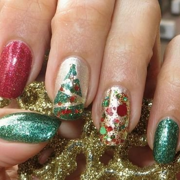 Xmas Overload nail art by DeadCellCanvases